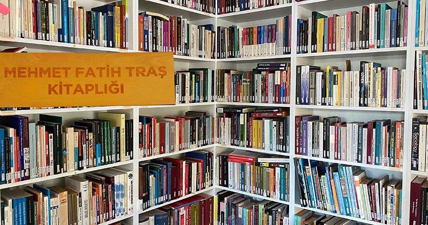 Mehmet Fatih Traş Kütüphanesi
